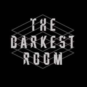 logo de The Darkest Room
