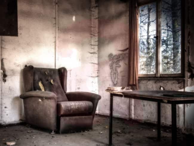 escape room: Golden silence