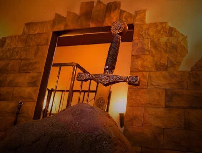 escape room: La espada de San Galgano